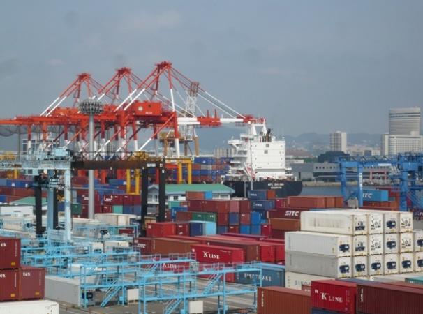 国際コンテナ戦略港湾における次世代高規格コンテナ ...